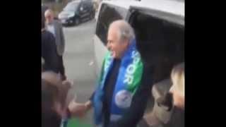 Mustafa Denizli'ye Rize'de Coşkulu Karşılama - Hey Sexy Lady Mustafa Denizli