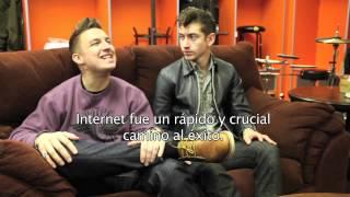 Entrevista Arctic Monkeys 24 Horas TVN