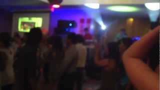 Cam Bay Tinh Yeu & Dancing All Night - Quoc Thai V664