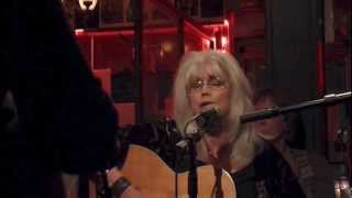 Emmylou Harris, Beautiful Star of Bethlehem
