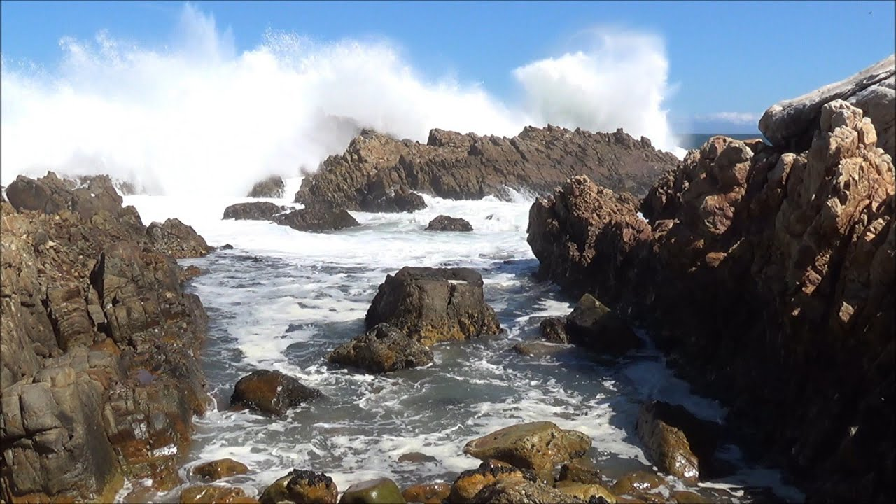 Relaxing Nature Scene Ocean Waves Washing Into Tidal