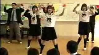 小学生にハレ晴レを踊ってもらった