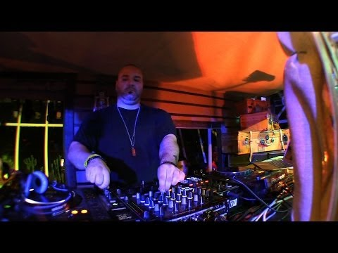 Carlo Lio | Elrow Ibiza, Vista Club DJ Set | DanceTrippin
