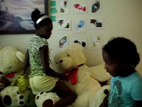 Random Girls Teddy Bear Love Youtube