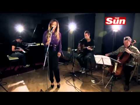 Leona Lewis - Trouble Acoustic (Biz Sessions)