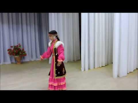 Энже Сабирова  Башкирский танец