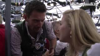 WiesnGaudi TV-Stephanie Günther trifft Showmaster Florian Silbereisen! Was tut er gegen einen Kater?
