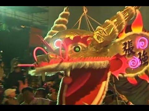 Parade Tahun Baru Imlek Di Hong Kong