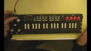 pt 1: Circuit Bent Hing Hon EK-001 analogue synth keyboard