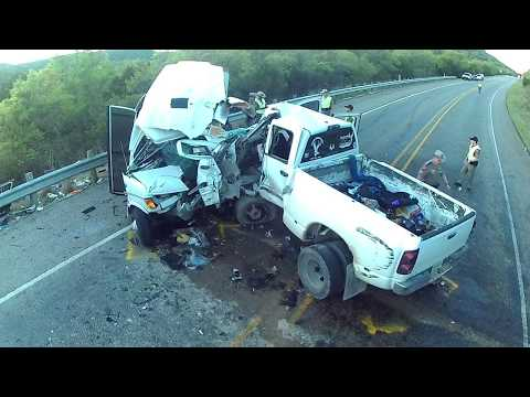 witness-video-–-pickup-truck-centerline-crossover-collision-with-medium-size-bus-on-us-highway-83