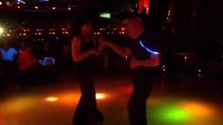 Baile Americano en Gong Disco