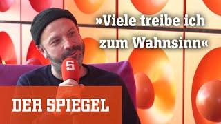 Selig-Sänger Jan Plewka über Bausa, Apache 207 und über Heroin, Hits und Homeschooling