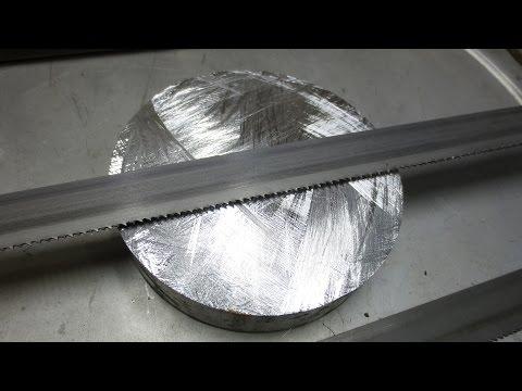 Самодельная гигантская ножовка по металлу - грызёт...