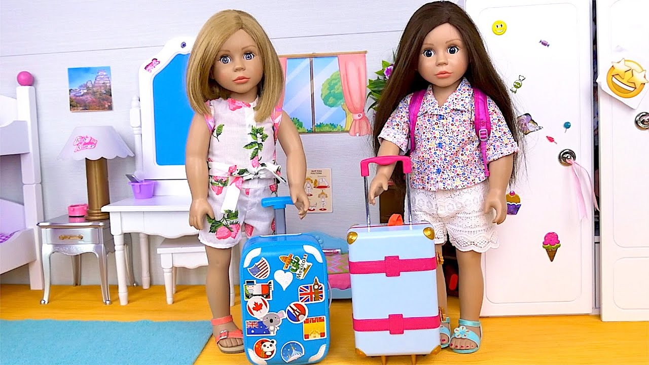 Doll Sisters Packing Travels Bags for Summer Vacation - Compilation by Play Toys
