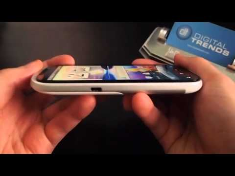 HTC Amaze 4G video review