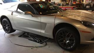 Quickjack 3500 lifting my C6 Corvette