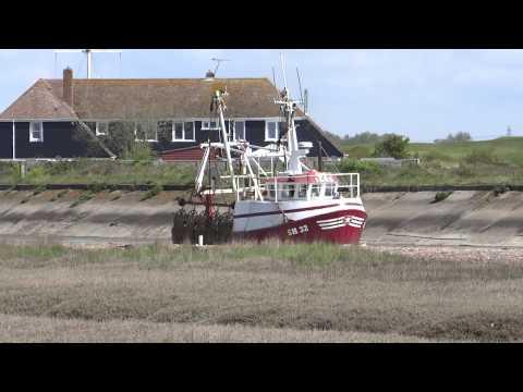 Fishing boat leaving Rye Harbour