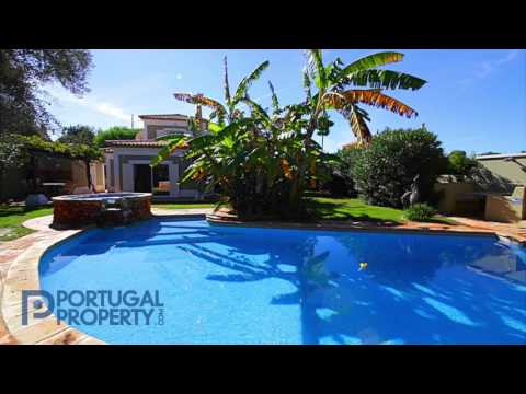 Modern fully refurbished villa on a nice private plot - PortugalProperty.com - PP2375