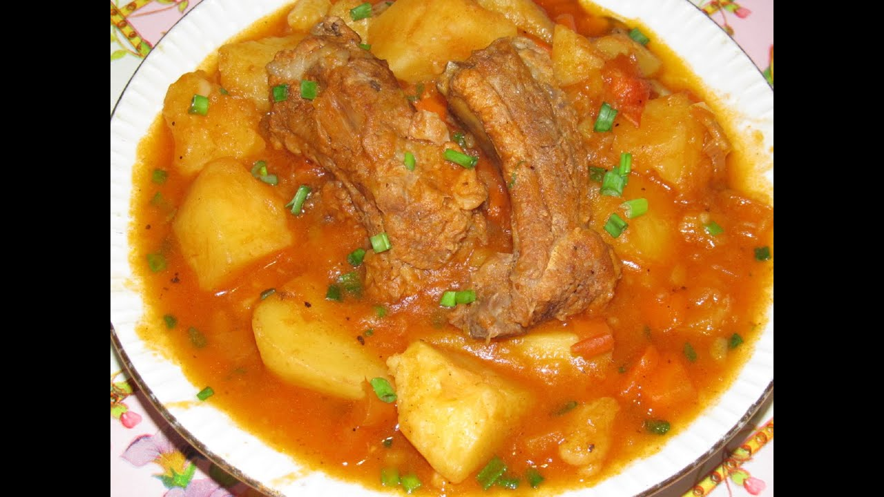 Как приготовить тушеную картошку с ребрышками