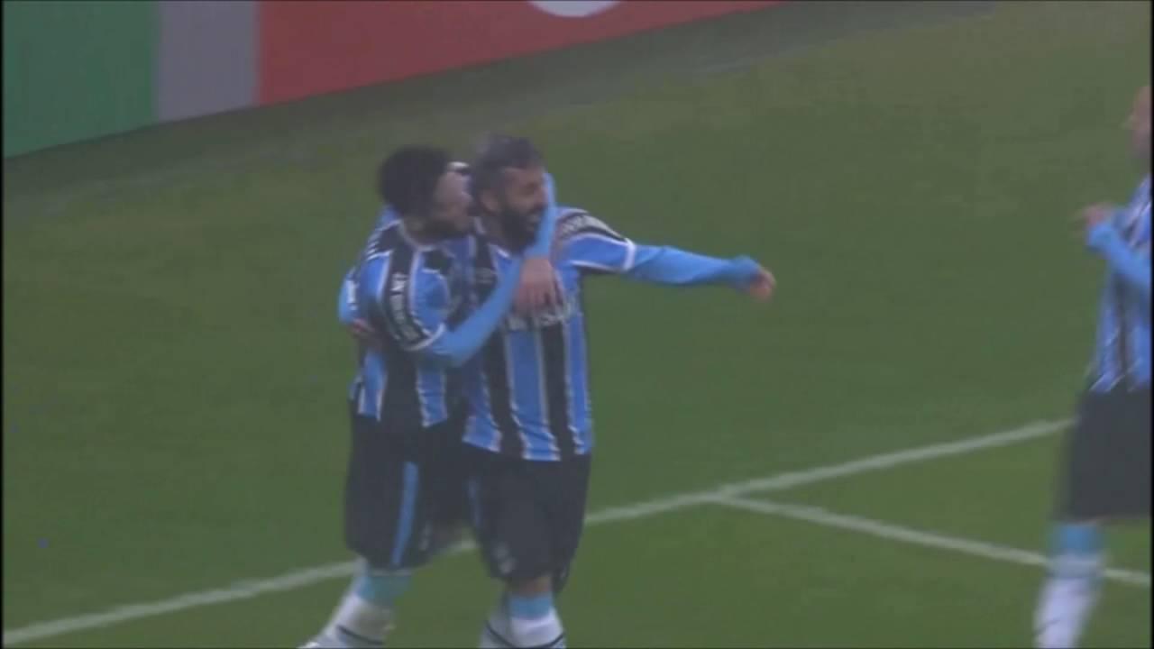 Grêmio 2 x 0 Cruzeiro (19 06 2016) - Gol de Luan e Douglas  5dd4246c39294