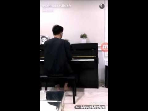 Ritchie, Syahnaz, Nisya latihan Vocal.