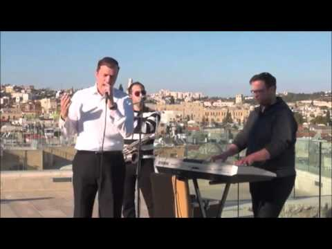 JM in the AM: Ohad Performs Live From Aish Hatorah Terrace