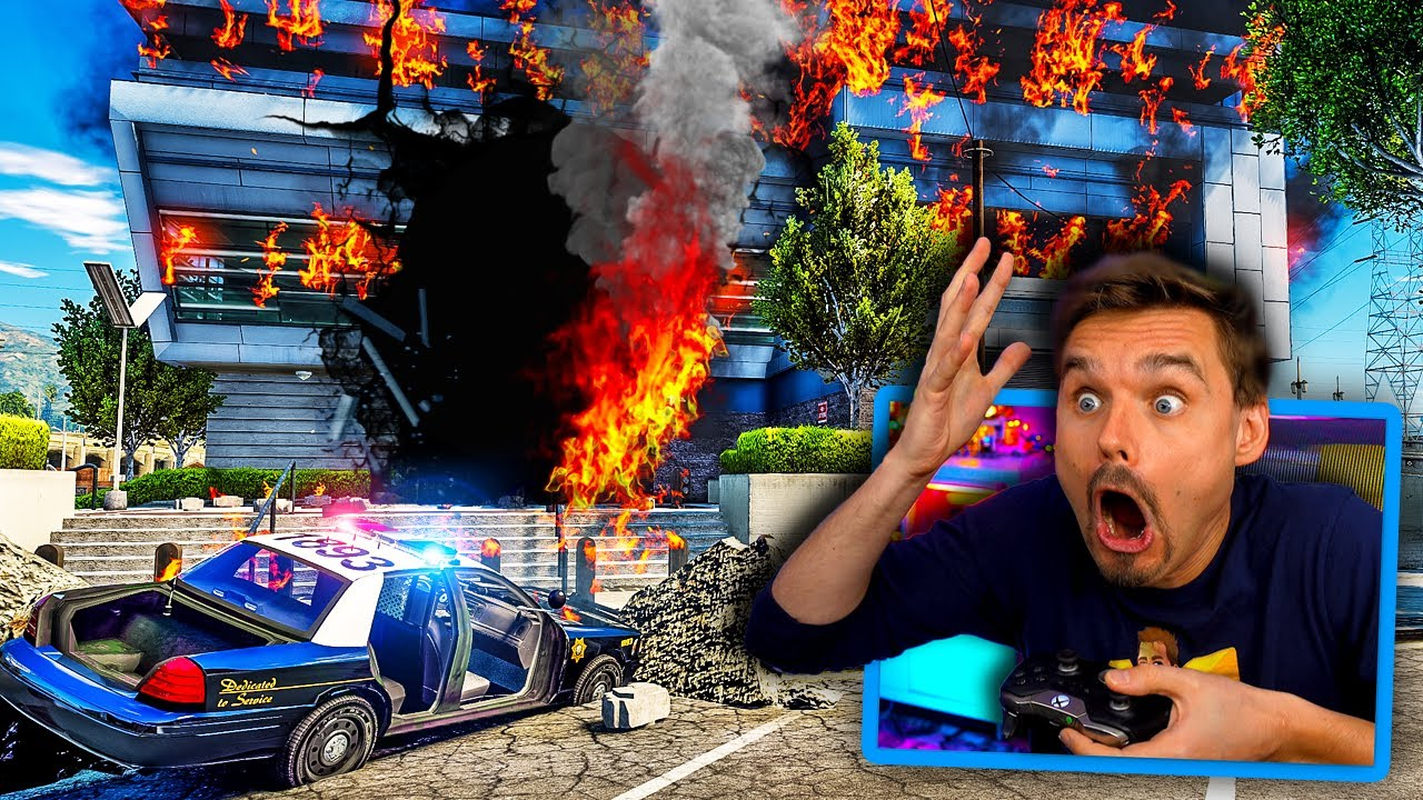 In GTA 5.. Police Station got BOMBED while I was INSIDE! (OMG!)