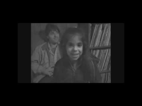 1978 Lori Musumeci Singing Address.wmv