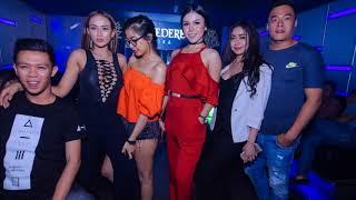 DJ CANTIK GOYANG ASYIK ( KE KIRI DAN KE KANAN) NEW DJ