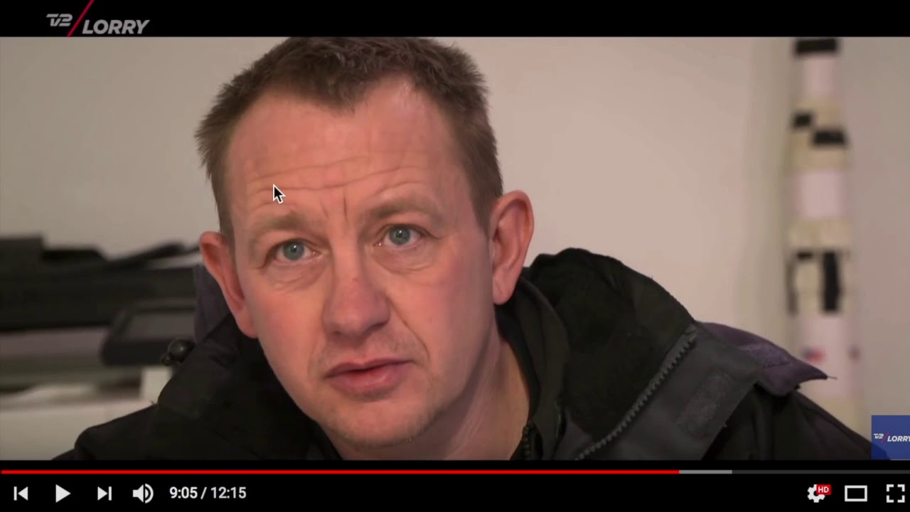 Body Language Of Peter Madsen After Submarine Rescue Youtube