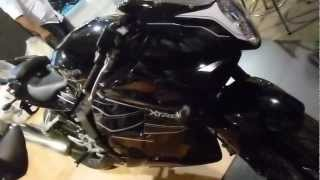 UM Xtreet 250 R negro 2012 2013 precio colombia bogota medellin cali