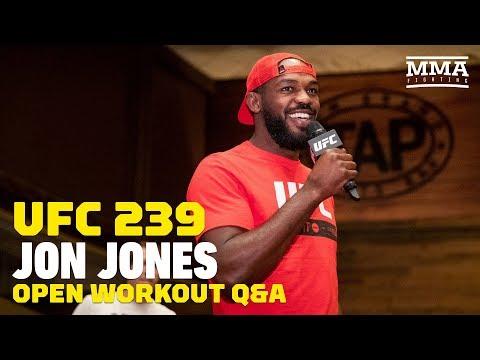Jon Jones Isn't Worried About Thiago Santos' Power at UFC 239 - MMA Fighting