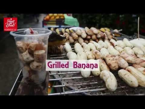 Bangkok Street Food | Old Lady Makes Yummy Grilled Banana - Area Wang Lang | Thai Street Food