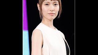 戸田恵梨香が手相占いに驚き…3年後に「できちゃった結婚」を予言される ...