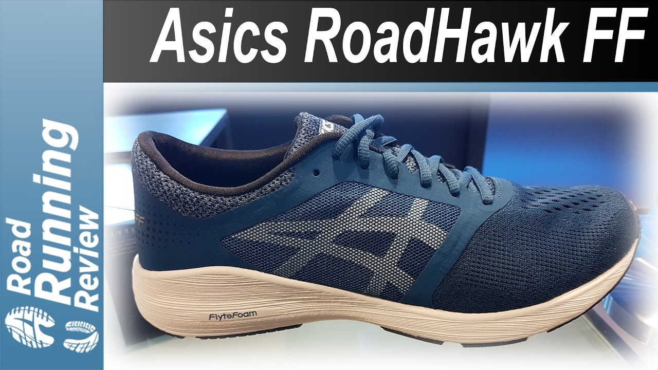 asics dynaflyte vs roadhawk