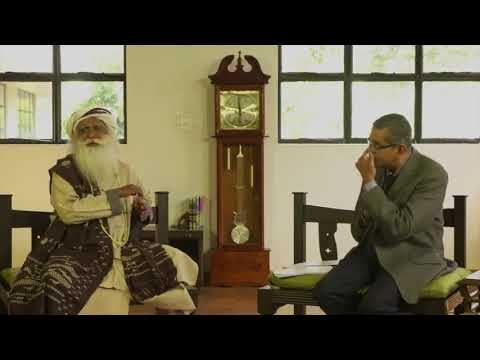 Sadhguru : In Conversation with the Mystic with VC Gopalratnam
