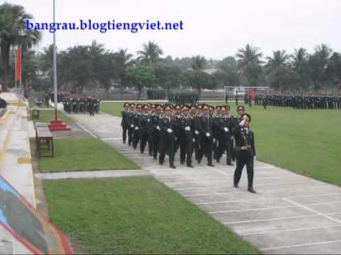 Duyệt đội ngũ 40 năm TL Đoàn H06 (23/11/1972-23/11/2012) - Trần A Bằng