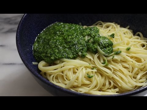 How to Make the Best Pesto