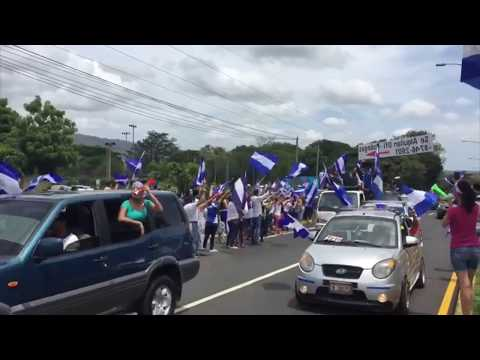 Caravana sale de Managua a Masaya