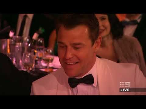 SHANE JACOBSON WITH RODGER CORSER & TRACY GRIMSHAW  2018 TV Week Logie Awards