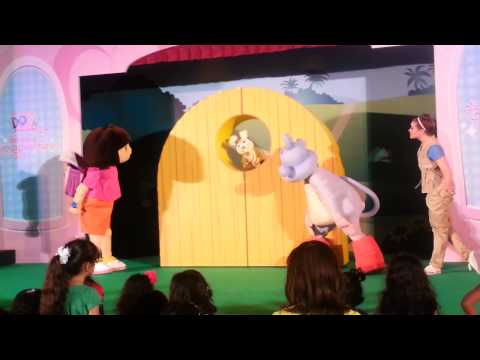 Dora dancing adventures Dora show mirdif city centre #Dubai Dora the explorer دورا