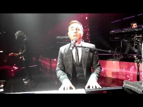 A Million Love Songs Gary Barlow Liverpool Angela Italian fan