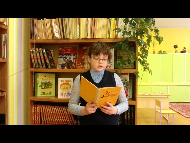 Изображение предпросмотра прочтения – ОлесяКарапиш читает произведение «Крестьянин и Работник» И.А.Крылова