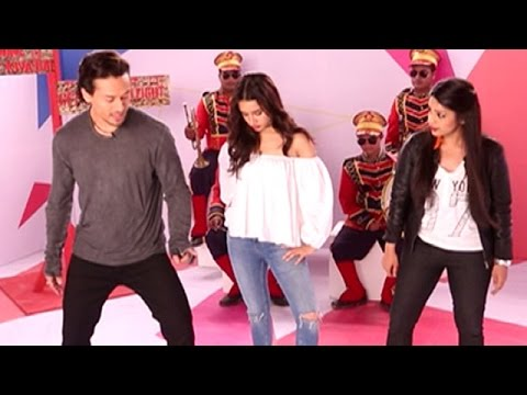 Tiger Shroff Teaches How To Do A MOONWALK On Yaar Mera Super