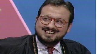 """Rioja, humorista gráfico, preside el jurado de """"Saque bola"""" (1989)"""