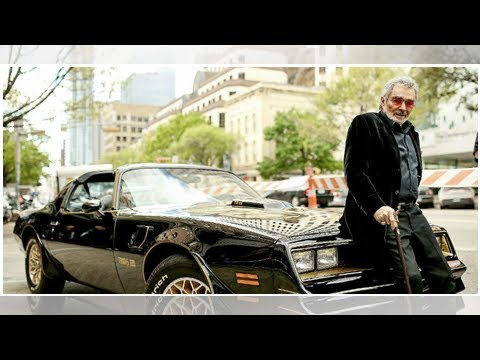 Three Of Burt Reynolds' Classic Cars Up For Auction Today | Lone Star 92.5