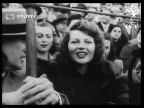 Download Film Star Rita Hayworth attends a bullfight in Seville (Sevilla), Spain (1950)
