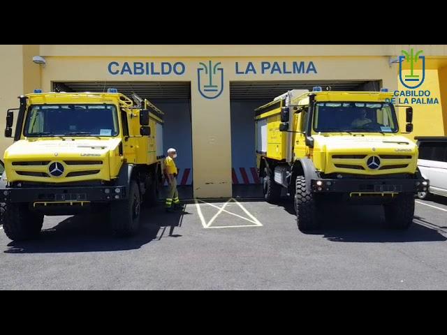 Medio Ambiente incorpora dos nuevos vehículos autobomba para la lucha contra los incendios en La Palma