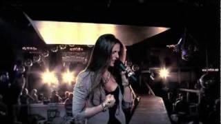 НЮША / NYUSHA - Больно (live at POSH Friends)