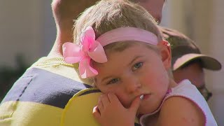 4-Year-Old Girl, Now Cancer-Free, Finally Meets Her Garbage-Men Friends